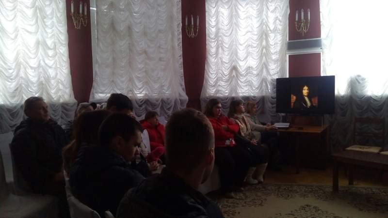 Посещение литературно-музыкальной гостиной в библиотеке им. Л. Толстого